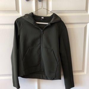 Lululemon Re-Form olive jacket size 4